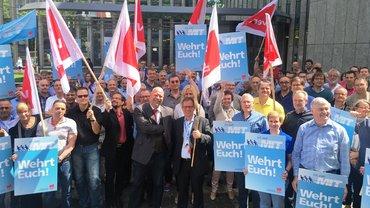 Protest bei IBM in Düsseldorf am 7.7.2016
