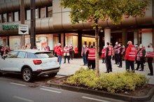 Warnstreik bei der Sparkasse Solingen am 9.10.2020