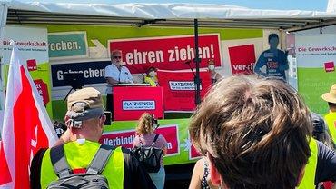Kundgebung am Landtag in Düsseldorf